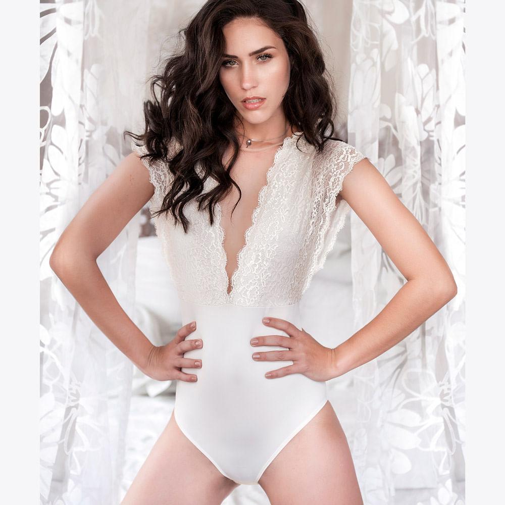 Body Elegance Decote Tule Perle P